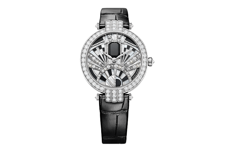 ساعة من علامة هاري وينستون Harry Winston