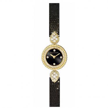 ساعة من علامة بوشرون Boucheron