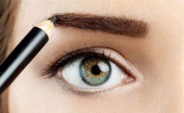 مراحل رسم الحواجب لإبراز جمال عينيك