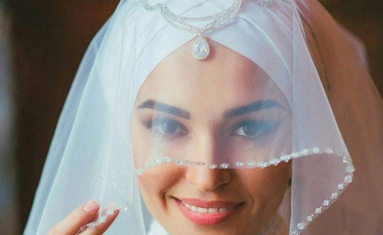 أجمل موديلات لفات الحجاب والطرحة للمحجبات