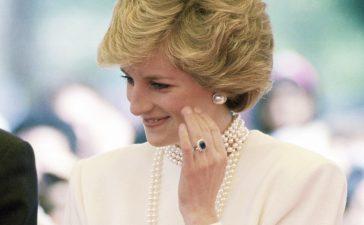 خاتم خطوبة الراحلة الأميرة ديانا
