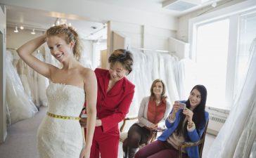 فستان زفاف حسب الطلب