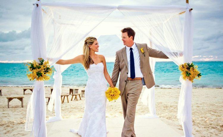زفاف على شاطئ البحر