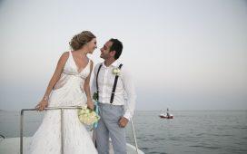 حفل زفاف ناجح على متن قارب
