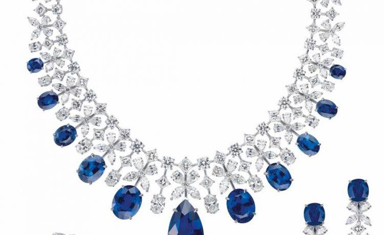 مجوهرات زرقاء فاخرة لإطلالة ملكية راقية في ليلة العمر