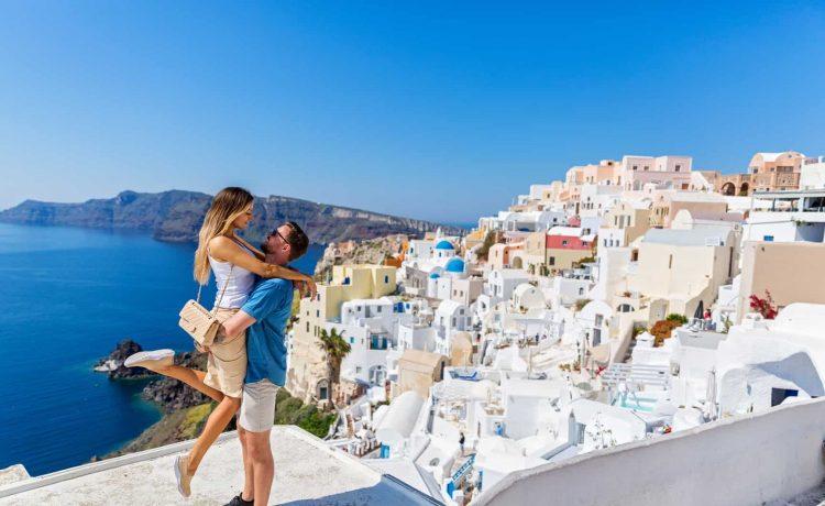 شهر العسل اليونان