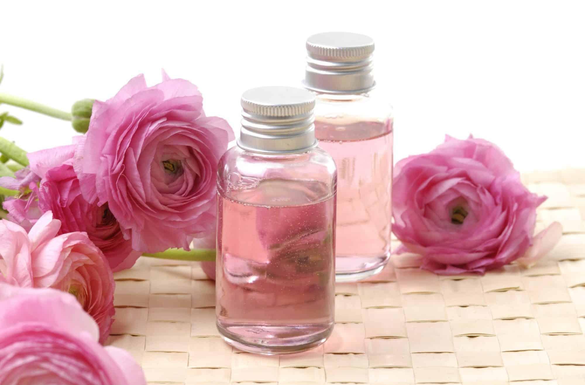 مزيل عرق زيت الورد