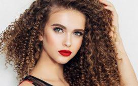 تسريحات شعر العروس لصاحبات الشعر الخشن والمجعد