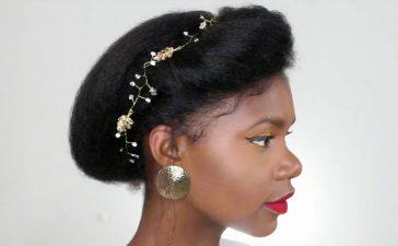 تسريحات زفاف ناعمة لصاحبات الشعر المجعد