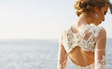 تشكيلة من فساتين الزفاف ذات تصميم بسيط وراقي
