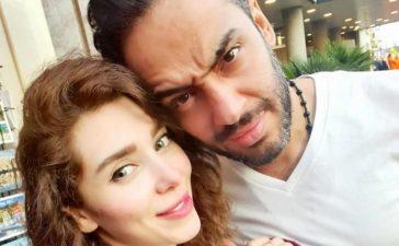 رامي جمال يحتفل بعيد ميلاد زوجته بأسلوب غريب ويتعرض للنقد!
