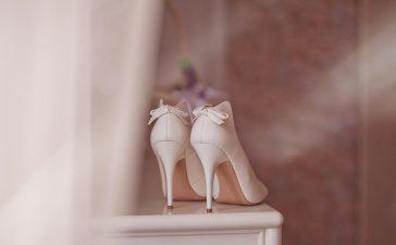 حذاء العروس لم يعد مقتصرا فقط على اللون الأبيض