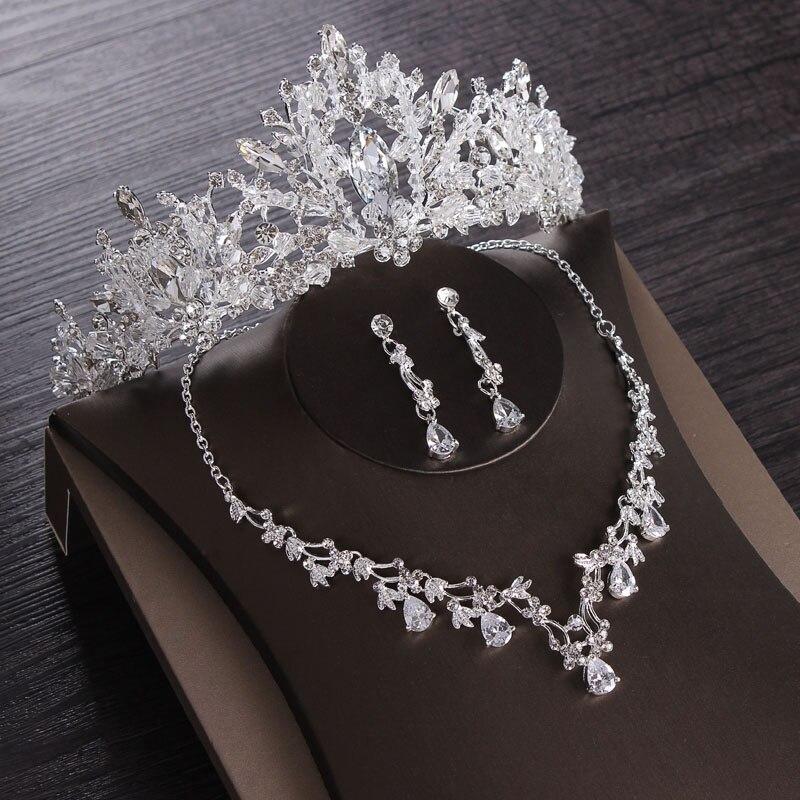 أطقم ألماس للعروس لإطلالة ملكية